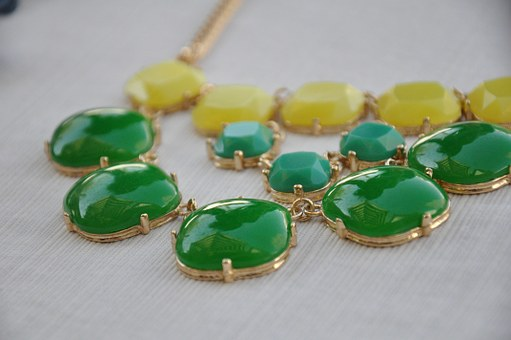 necklace-947888__340